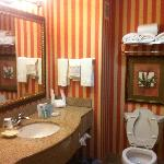 Photo de Hampton Inn & Suites Dallas-DFW ARPT W-SH 183 Hurst