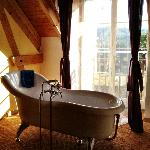  Bath area in Tourmalet Room (fabulous bathtub, loads of hot water for soaking!)