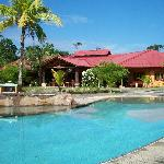 ‪Popa Paradise Beach Resort‬