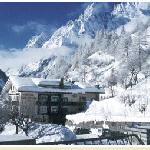 Photo de Hotel Vallee Blanche