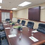 CountryInn&Suites MilwaukeeWest MeetingRoom