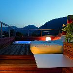 Jacuzzi on roof top terrace of Paradise Loft