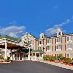 Country Inn & Suites Lake George Foto