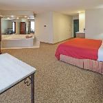  CountryInn&amp;Suites Germantown WhirlpoolSuite