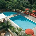 Park&Suites Prestige Cannes Croisette - Swimming Pool