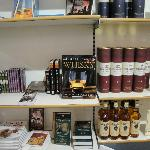  Tullibardine&#39;s gift shop selections