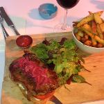 steak sandwich and a glass of red for less than €20