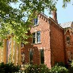 Lyndon House Bed &amp; Breakfast