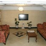 Foto de FairBridge Inn & Suites