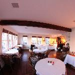 Newport Harbor Room - Harborside Inn