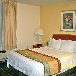 Фотография TownePlace Suites Colorado Springs