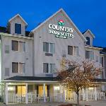 CountryInn&Suites Bloomington ExteriorNight