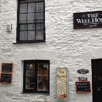 The Well House resmi
