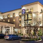 BEST WESTERN PLUS Perth Parkside Inn & Spa