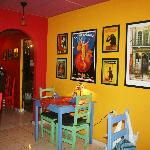 Foto de ART CAFE, Gallery, Wine, and Coffee Bar