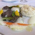 poisson lune, risotto au combawa, spumato au carry