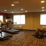  Big workout room that could have used another piece or two of CV equipment