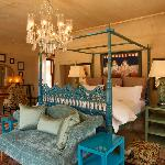 Room 8 - the Chambre Bleu Suite