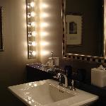  pretty vanity area