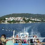 Island Views boat leaves Skiathos Town.