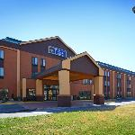‪BEST WESTERN PLUS Kansas City Airport-KCI East‬