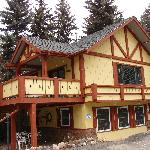 Alpen Way Chalet Inn