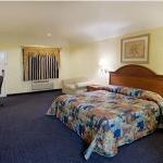 Φωτογραφία: Hometowner Inn & Suites
