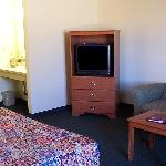 Salmon River Motel King Bed