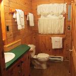  Bathroom of Maple Lodge
