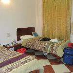 NAWIN Guesthouse resmi