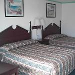 Sunrise Inn Double Beds