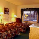 Foto de Norwood Inn & Suites