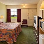 Foto de America's Best Inn & Suites Fort Smith