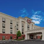 Hampton Inn &amp; Suites Syracuse Erie Blvd/I-690