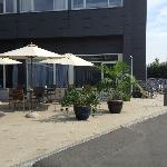  hyggelig terrasse foran hotellet