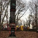  The totem pole that greets visitors