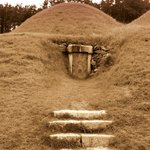 King Muryeong's Tomb and Songsan-ri Burial Mounds Foto
