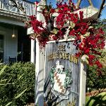 Foto de The White Doe Inn Bed & Breakfast