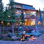 ‪Blachford Lake Lodge‬