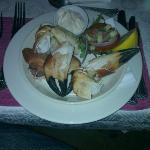cracked/crushed fresh crab claws