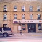 Photo of Queen's Bar and Grill