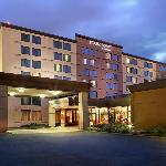 ‪Four Points by Sheraton Toronto Airport‬