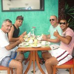  cafe da manha com os amigos....