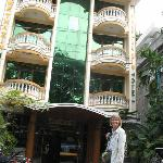 Photo de Shwe Tha Zin Hotel