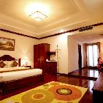 Golden Rice's Suite Rooms