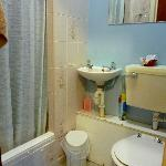 Ensuite (Shower Room)
