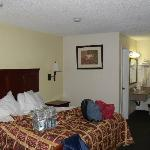 America's Best Value Inn Bakersfield resmi