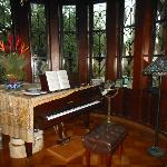  Baldwin piano in observatory