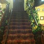 Christmas dec-ed Staircase