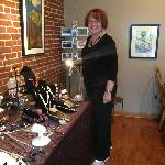  Artist Linda Lumbert Jewelery Trunk Show